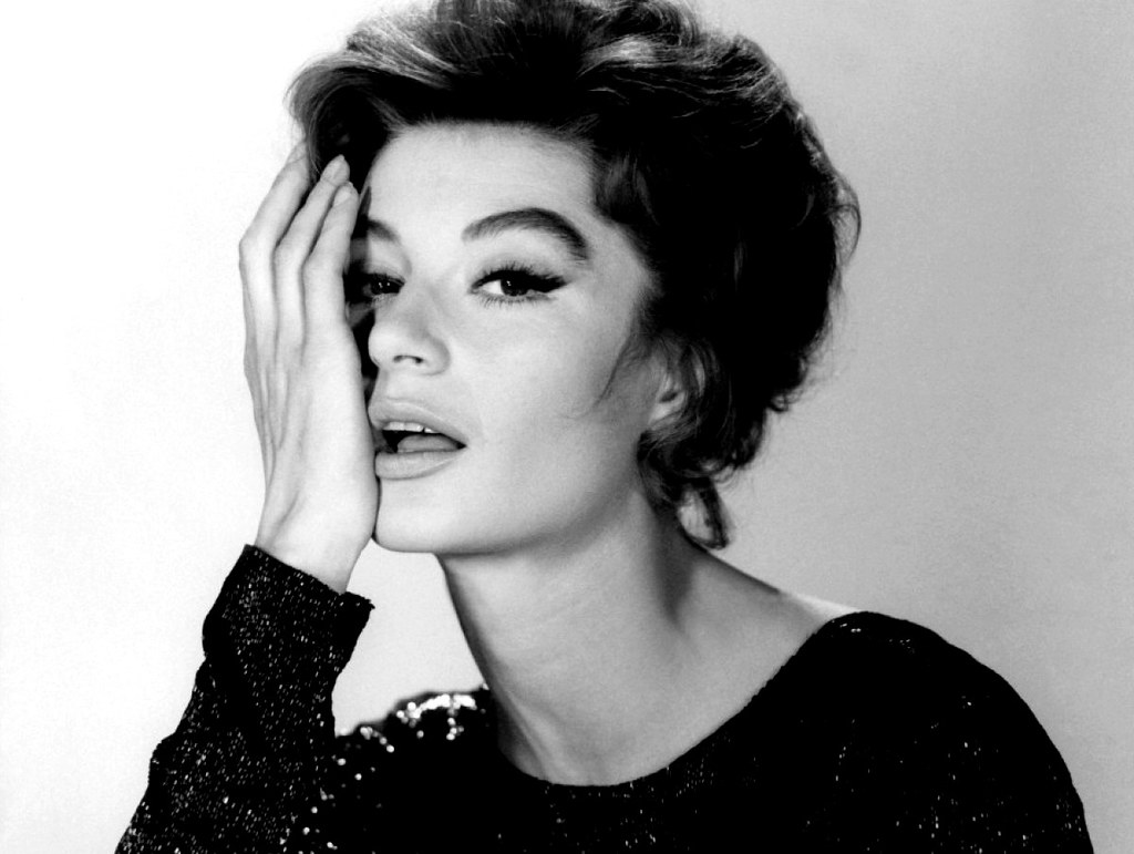 Anouk Aimée Photos anouk aim�e | french actress anouk aim�e wearing a creation