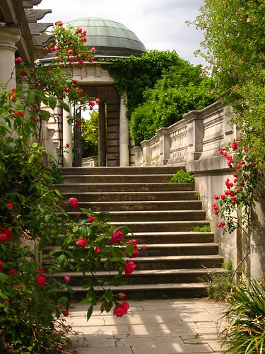 The Pergola and Hill Garden, Hampstead Heath | by Laura Nolte