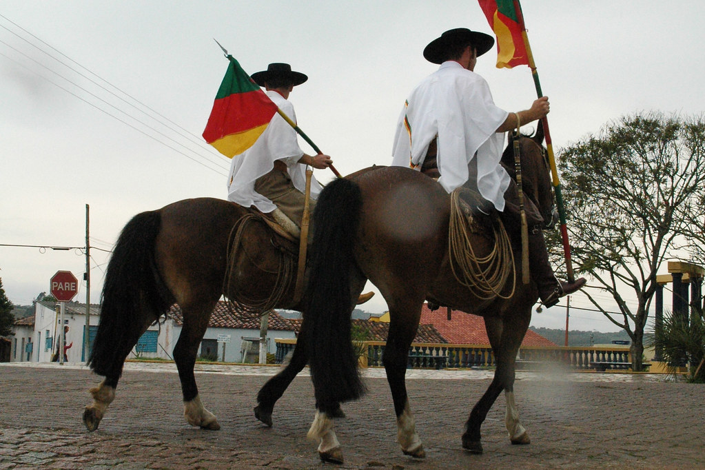 Desfile Farroupilha 20 de Setembro - Piratini RS Brasil | Flickr