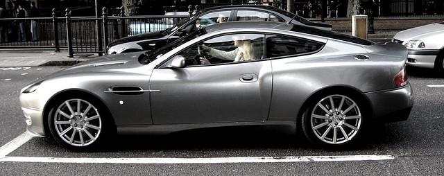 zoom zoom in london
