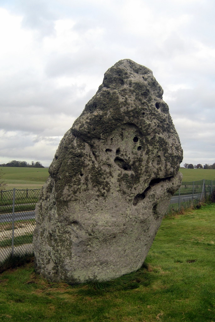 Stonehenge karbon dating dating kinesisk gutta UK