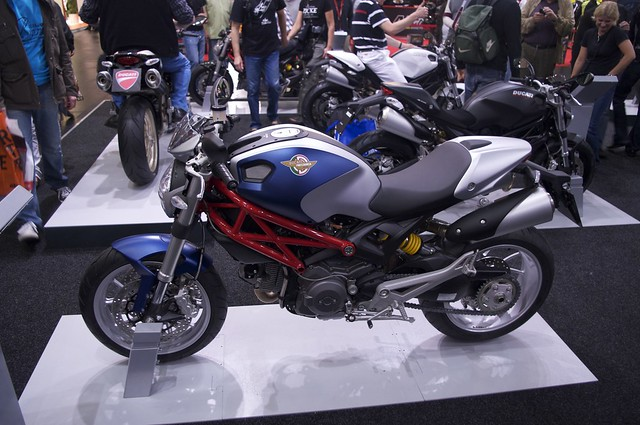 IMOT_2010 - 67_Ducati_Monster