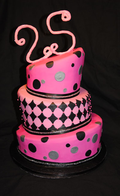 pink topsy turvy cake
