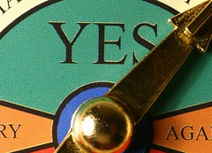 """Players can """"get to yes"""" in online negotiation games"""