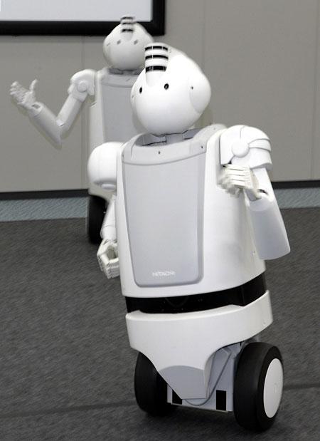 hitachi-robots