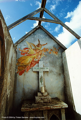 14800 Angels Fresco in Abandoned Chapel - Santo Domingo Cemetery | by loupiote (Old Skool) pro
