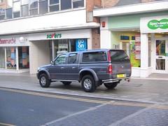 Car 4x4 trefol yn Stryd Fawr, Aberystwyth