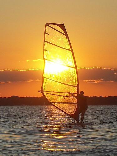 sunset sea sky sun water island bay solar eclipse long minolta wind south great windsurfing konica a200 cotcmostfavorited 250v10f abigfave potwkkc15 bemep