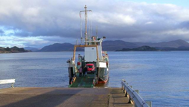 MV EIGG arriving at Lismore