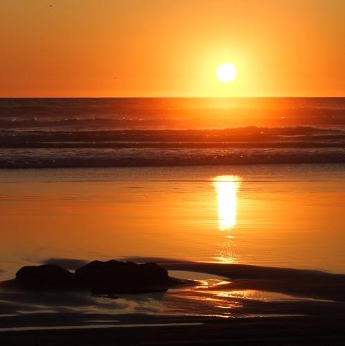 sunset summer beach golden moment sandcastle goldenmoment longbeachwasunset