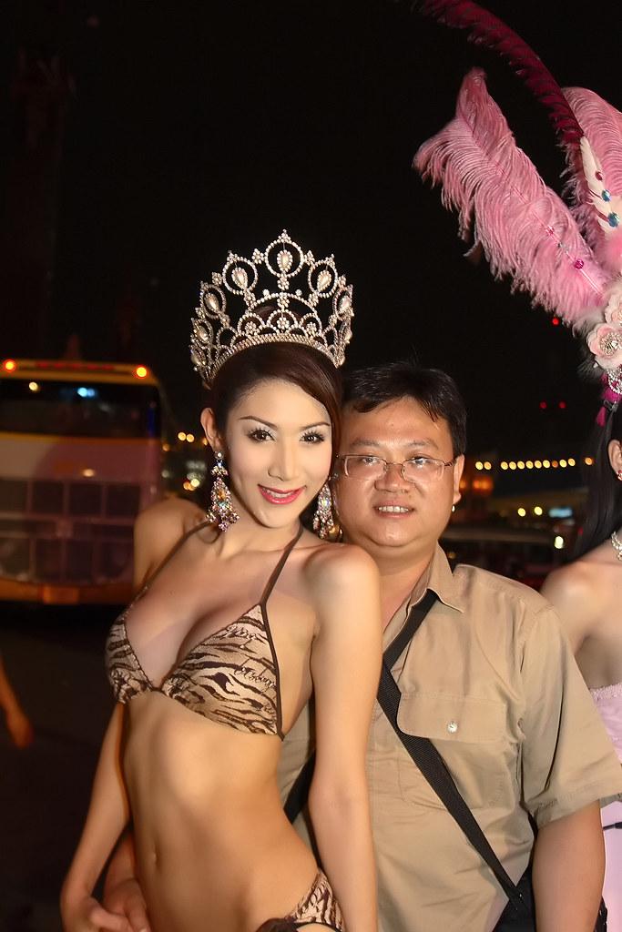 Chiang mai cabaret show chiang mai show cabaret entertainment mueang