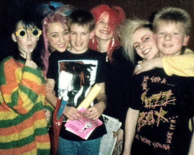 Jo, Vicky, Tina & Maggie, Fuzzbox with Matt & Phil, Central Park, Burton-on-Trent 5.12.86