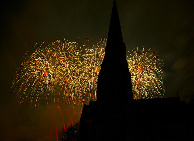 Blackheath Bonfire Night Fireworks, London!  (MG_5297)