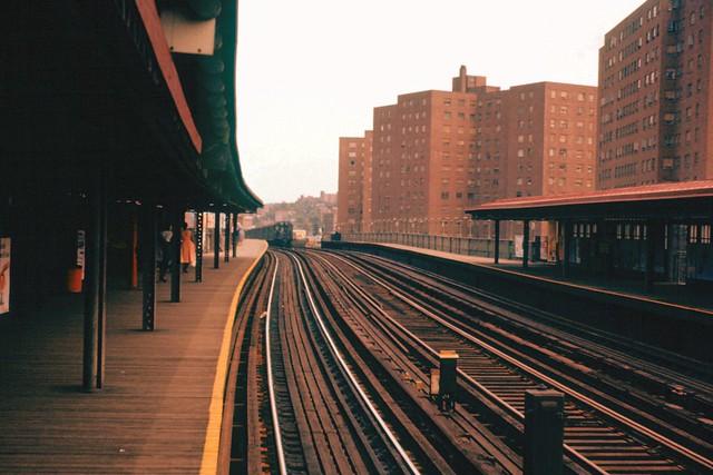 19580700S-E1  225th Street Staion  IRT  New York City  Jul 1958
