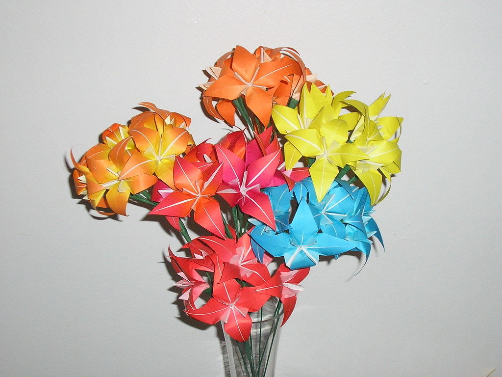Origami Flower! : 13 Steps (with Pictures) - Instructables | 768x1024