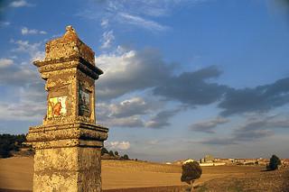Pairón a la entrada de Amayas desde Mochales, Guadalajara
