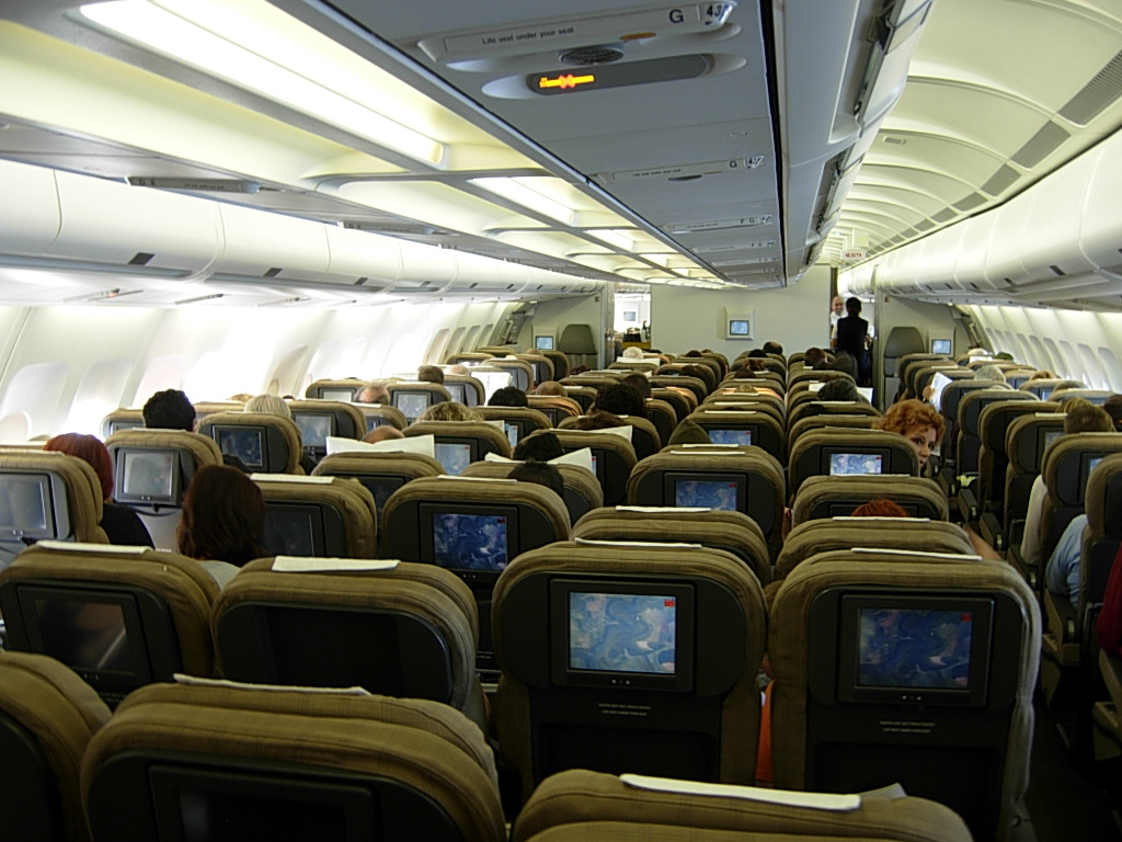 Swiss International Air Lines Airbus A340-300 HB-JMA Economy Class Cabin