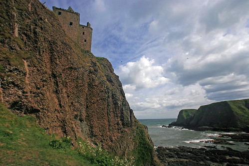 Dunnottar Castle | by gstei
