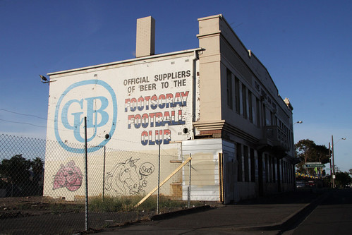 Mural on the Rising Sun Hotel, Footscray