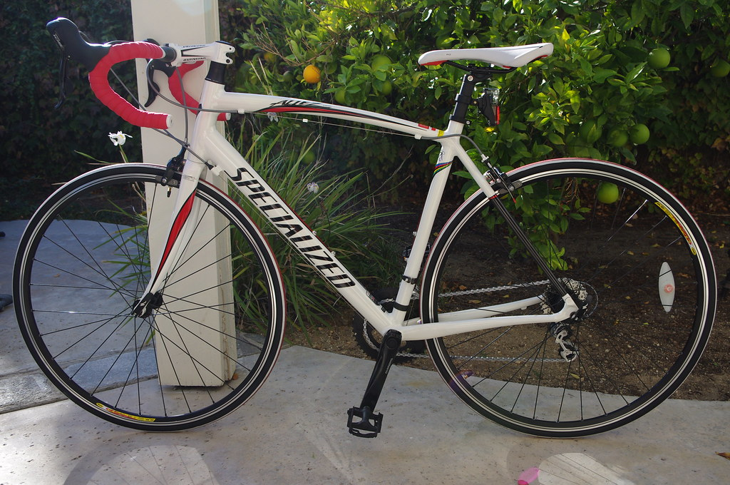 Road bikes: 2009 Specialized Tarmac Pro SL Dura-Ace and 20