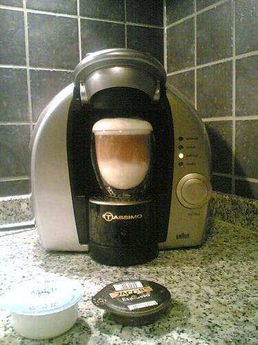 Latte Macchiato mit der Tassimo | www pottblog de/2007/02/25