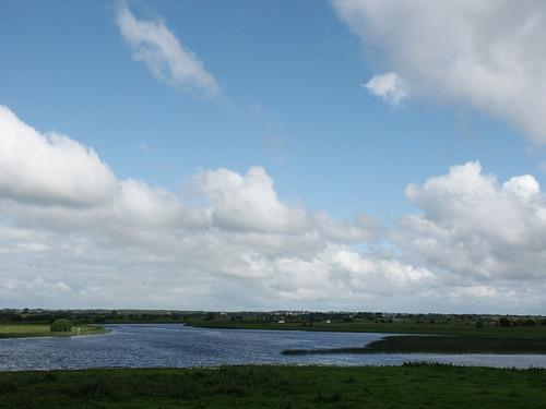 ireland abbey clonmacnoise irland eire min 2007 malona setbluesky