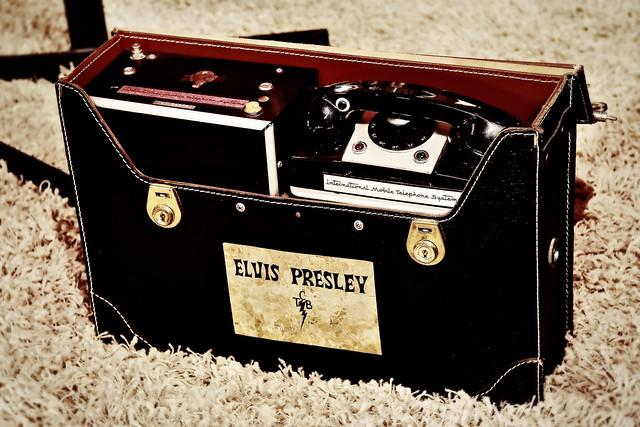 Elvis's international mobile phone