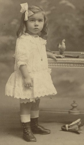 Sweet little girl | by Belle Epoque 1900s