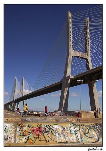 Vasco da Gama bridge & skatepark by AurelioZen