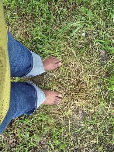 dirty feet - indoor 688   dirty feet on dirty floor in the