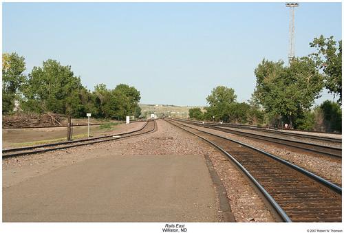 yard train tracks trains northdakota rails railyard railroadtracks williston