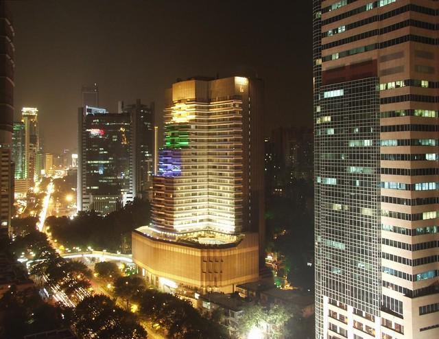 Guangzhou, Huanshi Dong Lu at night