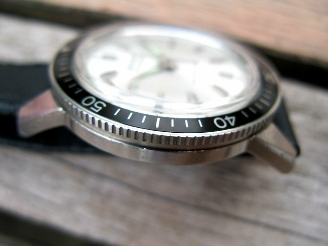 One button chronograph