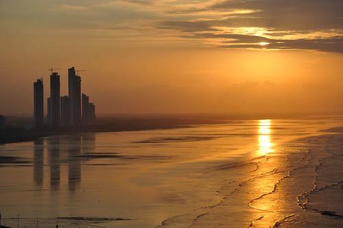city orange costa sun reflection water del bay mar waves tide oleaje amanecer amarillo coco shore bahia panama este naranja olas marea yellos ltytr1