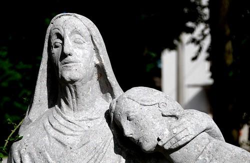 portrait sculpture memorial war krieg stein denkmal kriegerdenkmal affing 20070617 aichachfriedberg