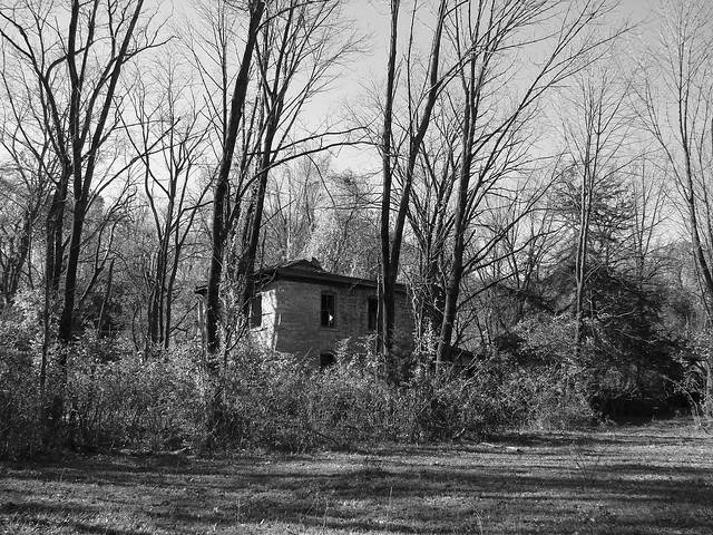 Haunted House on Mill Dam Road