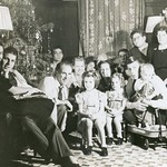 Horn Family Gathering Christmas Eve 1942