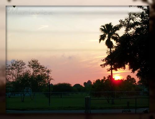 sunset twilight calma ocaso anochecer beautifulsky caidadelsol caidadelatarde mariavica lindocielopicnik