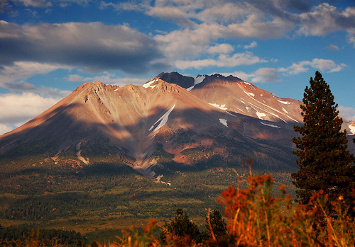 Shasta from Weed   YIkes. Looking a little naked for this ti…   Flickr