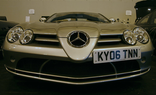 Mercedes_Benz_SLR_front.jpg