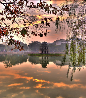 Hoan Kiem Lake with trees | by Andrew Hux
