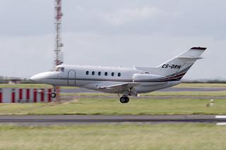 Hawker 800 // CS-DRN