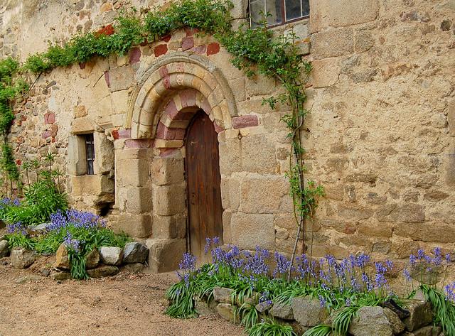 La porte fleurie - Saint-Dier (Puy-de-Dôme)