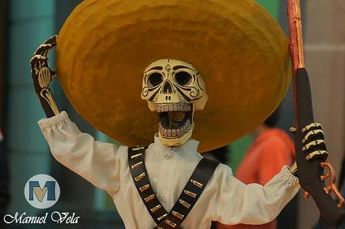 """DSC01960 Centro Histórico de Puebla """"Catrinas, Cartonería Tradicional, Disfraces, Ofrendas"""" *Festividad Día de Muertos* por LAE Manuel Vela"""
