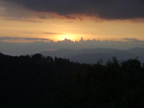 sunset mountains cabin view vista wilderness brysoncitynorthcarolina
