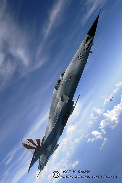 SunDowner F-5N