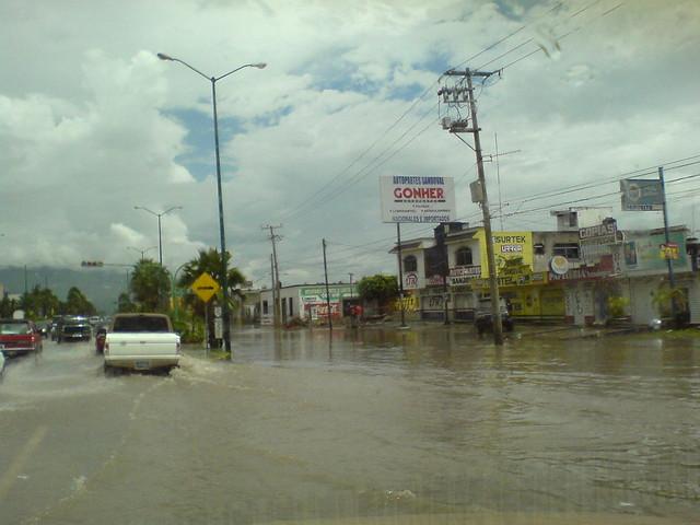 Avenida Tecnologico frente al ITTepic