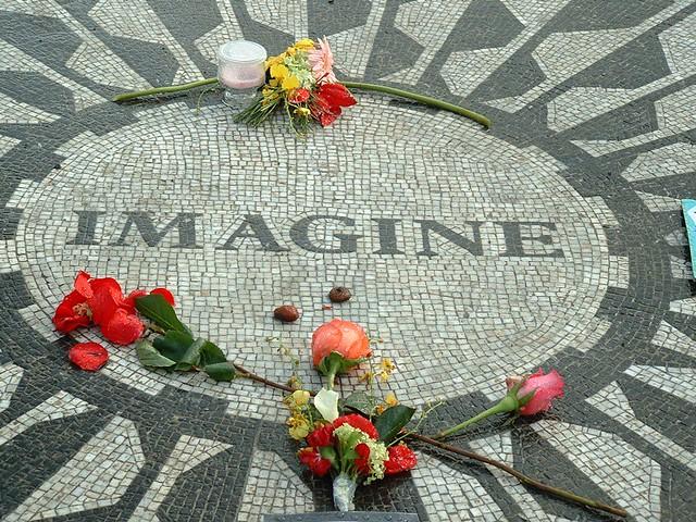 John Lennon Memorial Central Park Mizzog S Photo Diary Flickr