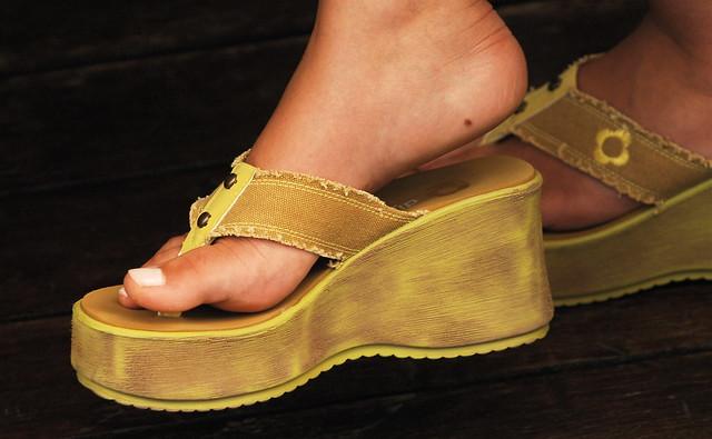Woman' feet