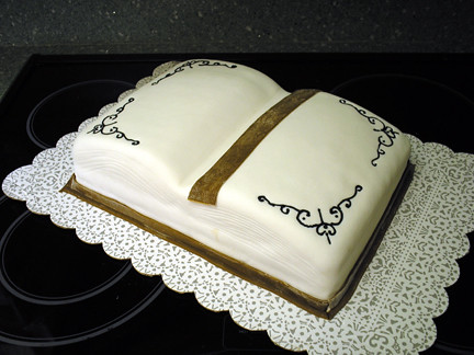 Open Book Cake for Library Author Day | A cake in the shape